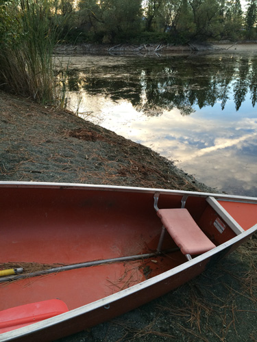 trinity_alps_canoe