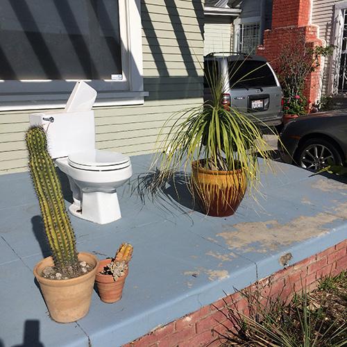 toilet_porch