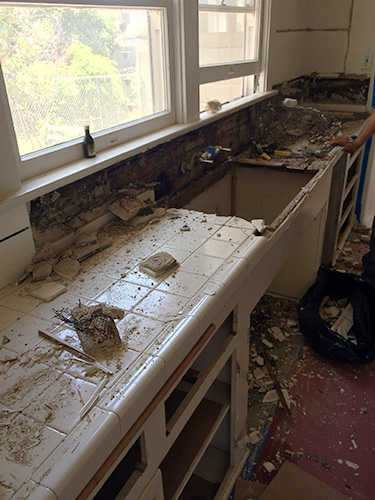 kitchen_demolition2